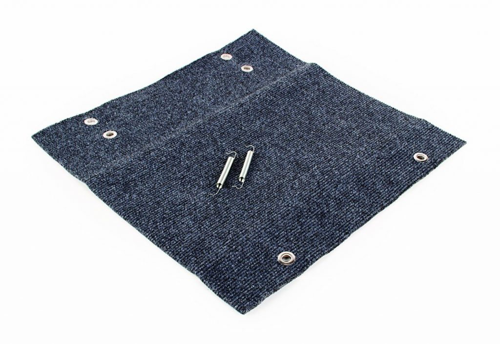 camco-42925-wrap-around-step-rug-best-rv-step-rugs