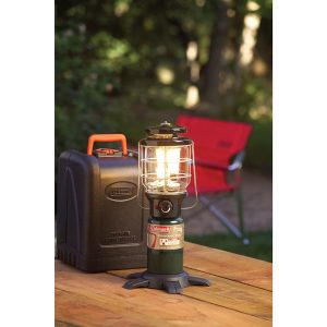 coleman-northstar-propane-lantern-with-case-best-camping-lanterns