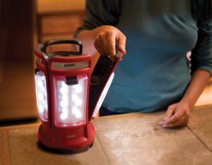 coleman-quad-led-lantern-best-portable-battery-powered-camping-lanterns