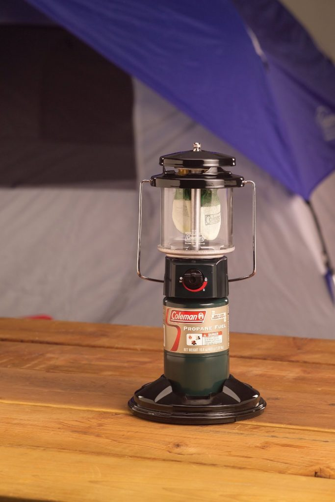 coleman-quickpack-deluxe-propane-lantern-best-camping-lanterns