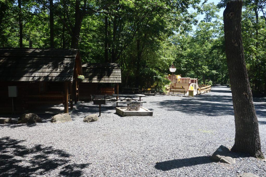cabins playground KOA Gettysburg